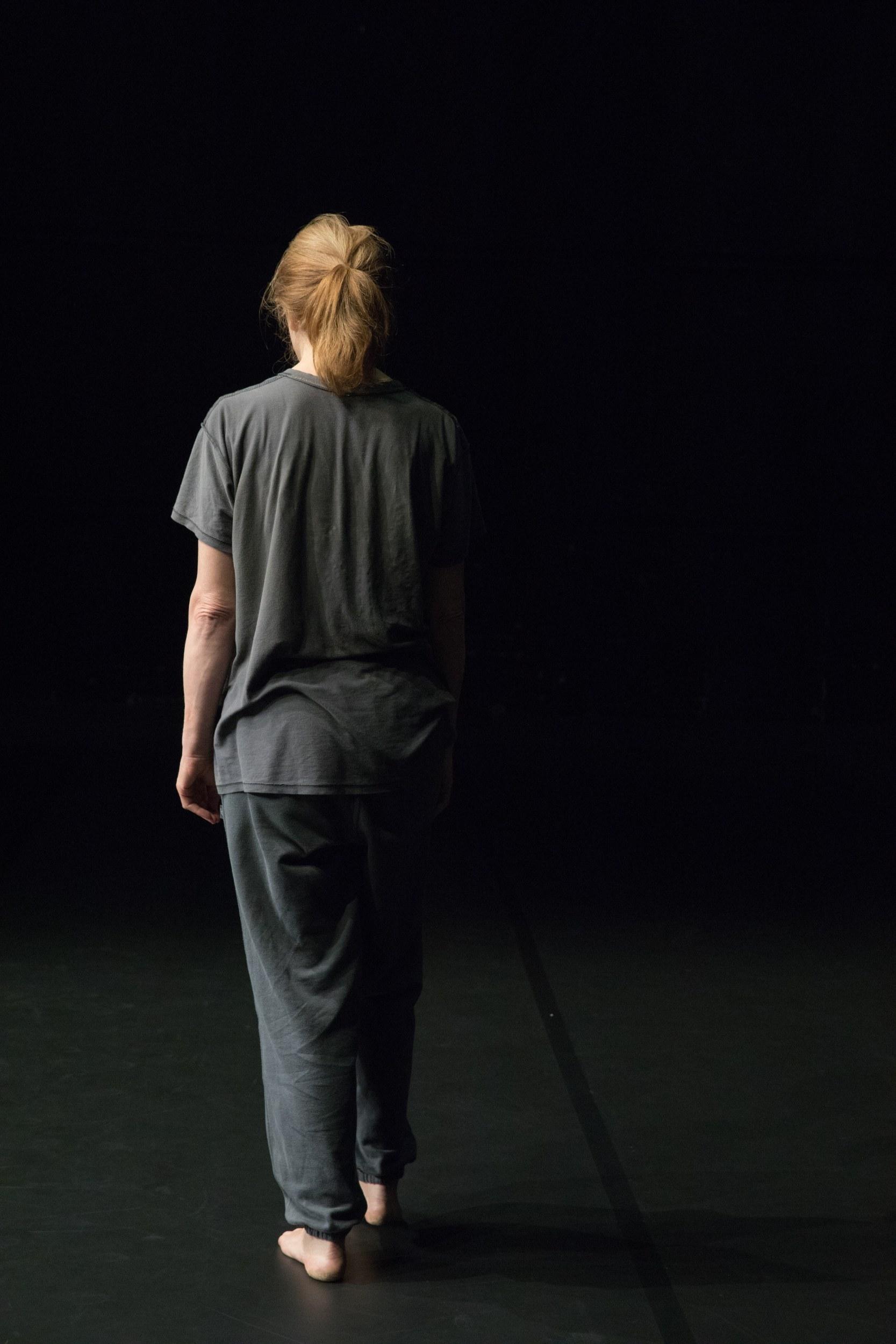 Danses pour une actrice (Valérie Dréville) © Véronique Ellena