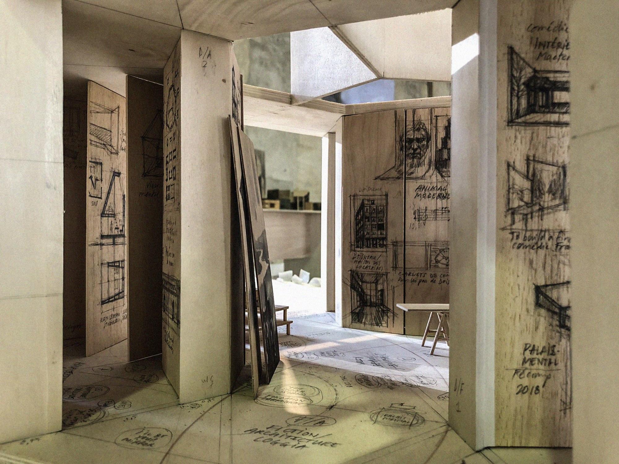 """""""Mnemotopy (Casa In-Croci)"""", théâtre de la mémoire trans-disciplinaire, Novembre 2019 (graphite sur bois, maquette 1/25e)."""